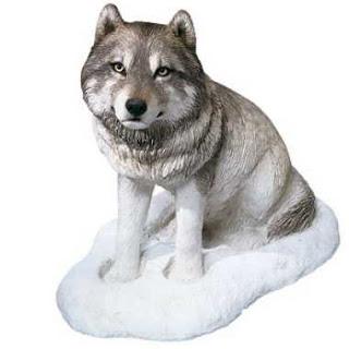 Sandicast Snow Wolf Figurine Statue